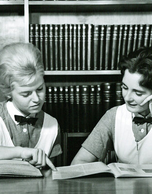 Two nursing students reading in the library at Frederiksberg Hospital School of Nursing 1967.